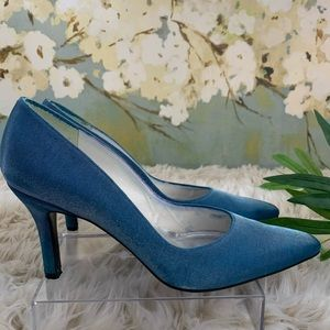 STUART WEITZMAN, Blue Fabric Close Toe Heels